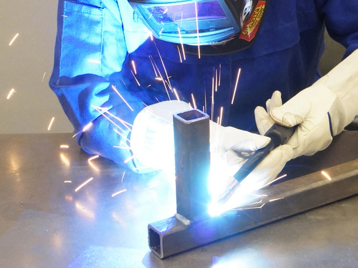 SAC-200: Intermediate MIG Welding with Project